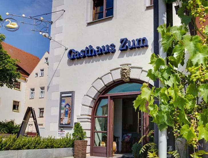Gasthaus zum Schwan / kurz-mal-weg