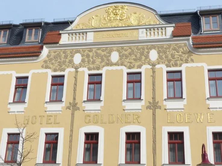 Hotel Goldner Löwe / kurz-mal-weg