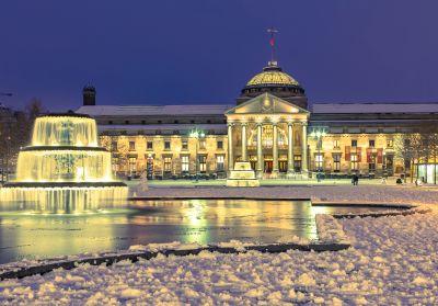 Winterliches Wiesbaden DEIND-YWIPE - ©Branko Srot - stock.adobe.com - cosamia